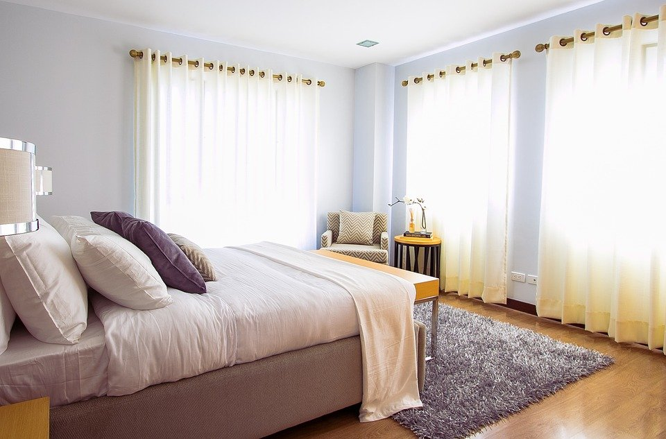 How to Make Your Bedroom More Comfortable and Welcoming